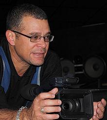 Il regista Ernesto Daranos